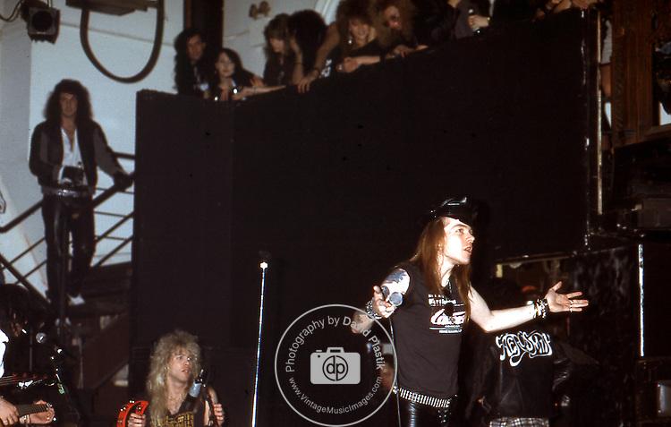 Guns-N-Roses-131.jpg