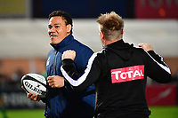 (L-R) Racing 92 breakdown coach Chris Masoe and Pau sporting manager Simon Mannix during the French Top 14 match between Racing 92 and Pau at Stade Yves Du Manoir on November 4, 2017 in Colombes, France. (Photo by Dave Winter/Icon Sport)