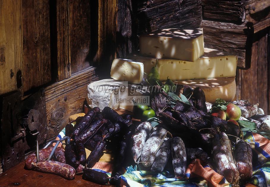 Europe/Italie/Val d'Aoste/Env de Cogne:  Produits locaux : fontine , charcuterie de montagne