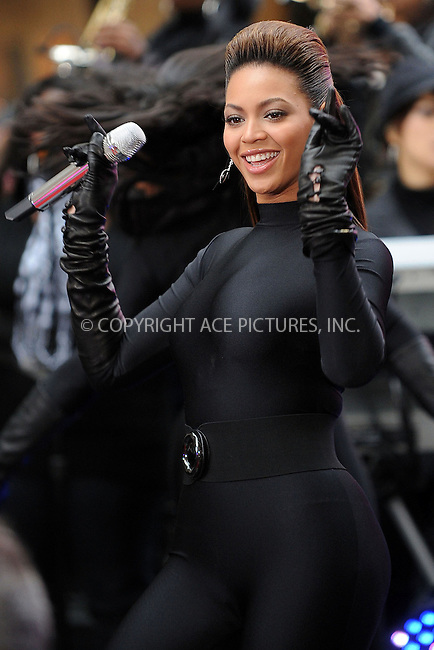WWW.ACEPIXS.COM . . . . . ....November 26 2008, New York City....Singer Beyonce performed live on NBC's 'Today' show at the Rockefeller Plaza on November 26 2008 in New York City......Please byline: KRISTIN CALLAHAN - ACEPIXS.COM.. . . . . . ..Ace Pictures, Inc:  ..(646) 769 0430..e-mail: info@acepixs.com..web: http://www.acepixs.com