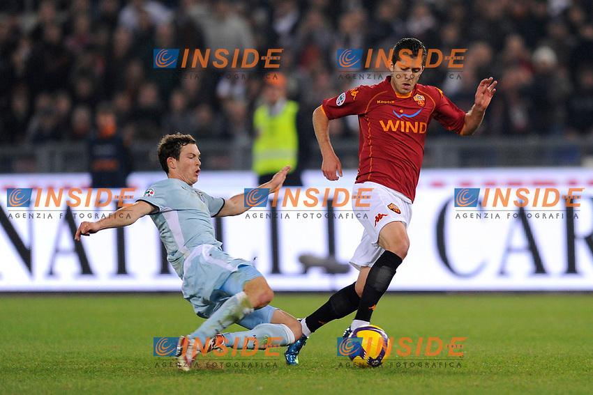 Jeremy Menez (Roma) Stephan Lichtsteiner (Lazio)<br /> Roma 17/11/2008 Stadio &quot;Olimpico&quot; <br /> Campionato Italiano Serie A 2008/2009<br /> Roma Lazio (1-0)<br /> Foto Andrea Staccioli Insidefoto