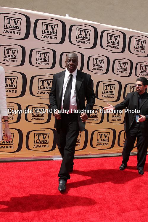 Jimmy Walker.arrives at the 2010 TV Land Awards.Sony Studios.Culver City, CA.April 17, 2010.©2010 Kathy Hutchins / Hutchins Photo...
