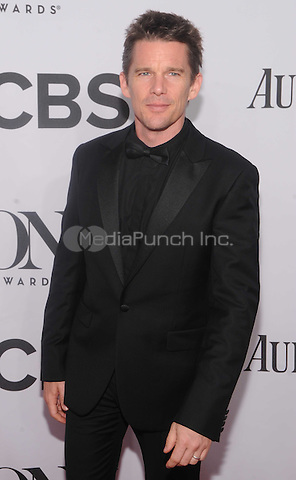 New York, NY- June 8: Ethan Hawke attends the  American Theater Wing's 68th Annual Tony Awards  on June 8, 2014 at Radio City Music Hall in New York City. (C) Credit: John Palmer/MediaPunch