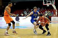 GRONINGEN - Basketbal, Nederland - Roemenie, WK kwalificatie 2019, Martiniplaza, 28-06-2018 Arvin Slagter met Tudor Gheorghe
