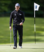 19.05.2015. Wentworth, England. BMW PGA Golf Championship. Practice Day. Martin Kaymer at the 17th green during the practice round of the 2015 BMW PGA Championship from The West Course Wentworth Golf Club