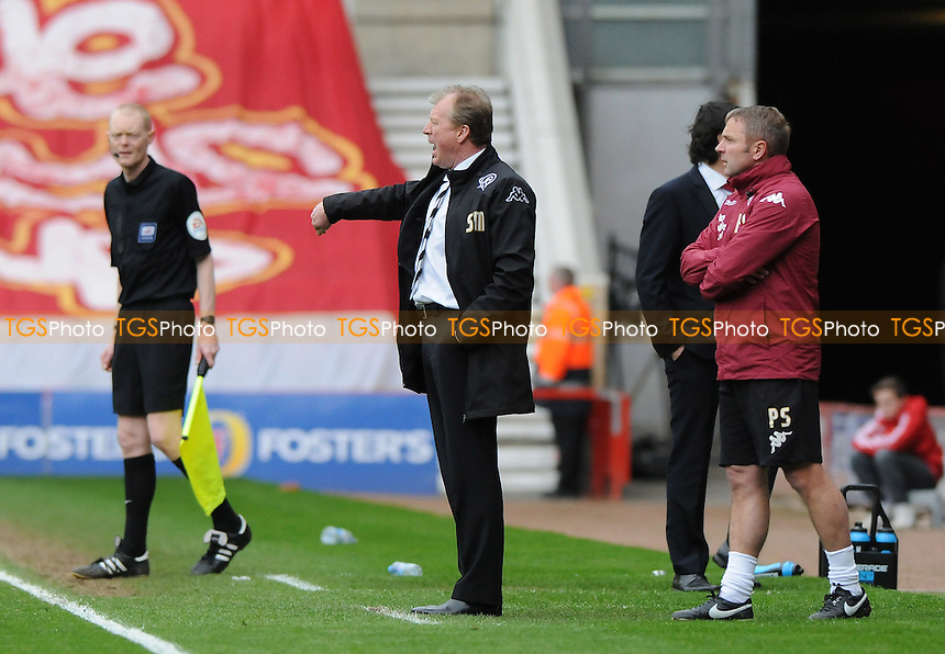 Derby County manager Steve McClaren shouts instructions - Middlesbrough vs Derby County - Sky Bet Championship Football at the Riverside Stadium, Middlesbrough - 05/04/14 - MANDATORY CREDIT: Steven White/TGSPHOTO - Self billing applies where appropriate - 0845 094 6026 - contact@tgsphoto.co.uk - NO UNPAID USE
