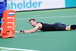 The Hague, Netherlands, June 10: Alex Shaw #19 of New Zealand looks on after missing to score during the field hockey group match (Men - Group B) between New Zealand and The Netherlands on June 10, 2014 during the World Cup 2014 at Kyocera Stadium in The Hague, Netherlands. Final score 1-1 (0-1) (Photo by Dirk Markgraf / www.265-images.com) *** Local caption ***