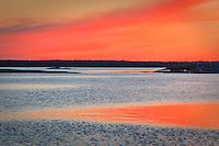 Röd solnedgång i Stockholms skärgård
