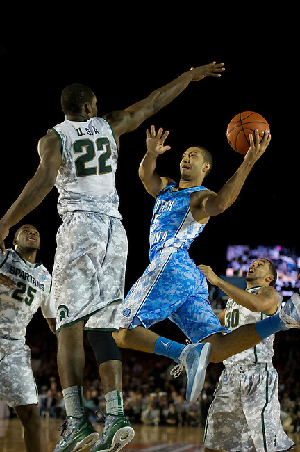 SAN DIEGO, CA - NOVEMBER 11, 2011: (L to R) Branden Dawson (22) of the Michigan State Spartans and Kendall Marshall (5) of the North Carolina Tar Heels in action during the 2011 Quicken Loans Carrier Classic on the USS Carl Vinson..(Photo by Robert Beck / ESPN)..- RAW FILE AVAILABLE -.- CMI000165217.jpg -