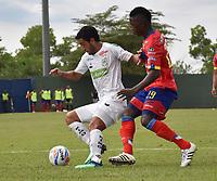 MONTERÍA - COLOMBIA, 30-09-2018:Juan Vogliotti (Izq.) jugador de Jaguares de Córdoba disputa el balón con Jose Ortiz (Der.) jugador del Deportivo Pasto durante partido por la fecha 12 de la Liga Águila II 2018 jugado en el estadio Municipal Jaraguay de Montería . / Juan Vogliotti (L) player of Jaguares of Cordoba fights for the ball with Jose Ortiz (R) the match for the date 12 of the Liga Aguila II 2018 played at Municipal Jaraguay Satdium in Monteria City . Photo: VizzorImage /Andrés Felipe López  / Contribuidor.