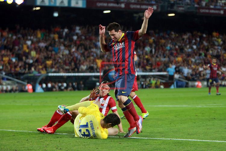 Supercopa de Espanya - Tornada.<br /> 2013-08-28-FC Barcelona vs Atletico de Madrid: 0-0.<br /> Filipe Luis, Courtois &amp; Lionel Messi.
