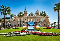 Fuerstentum Monaco, an der Côte d'Azur, Stadtteil Monte Carlo: Opéra de Monte-Carlo mit dem Casino Monte-Carlo   Principality of Monaco, on the French Riviera (Côte d'Azur), district Monte Carlo: Opéra de Monte-Carlo with the Casino Monte-Carlo