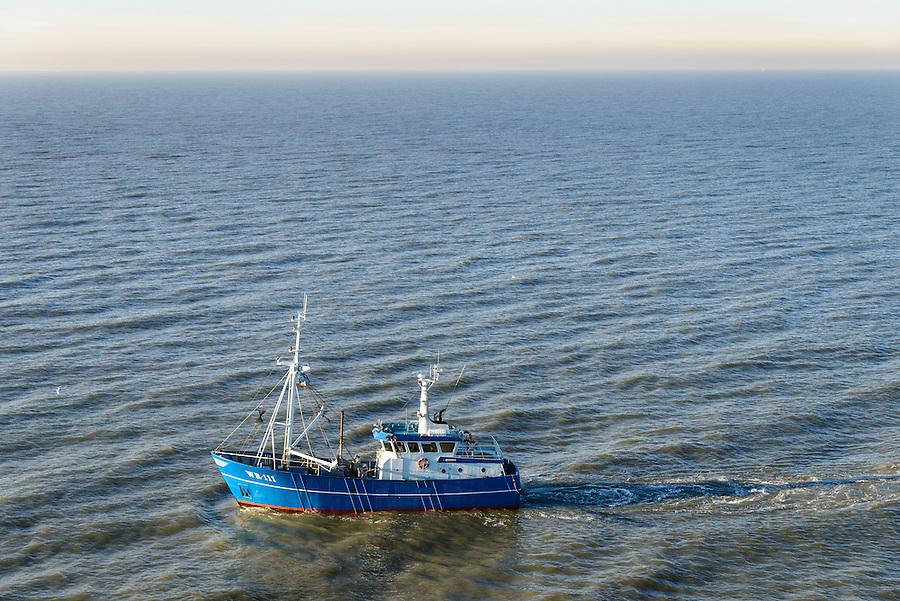 Nederland, Noord-Holland, Callantsoog, 11-12-2013; Kotter Wieringen 111 (WR-111, Breehorn) vist vlak onder de kust op garnalen.<br /> Cutter Wieringen 111 (WR 111, Breehorn) fishing on shrimp near the coast.<br /> luchtfoto (toeslag op standaard tarieven);<br /> aerial photo (additional fee required);<br /> copyright foto/photo Siebe Swart.