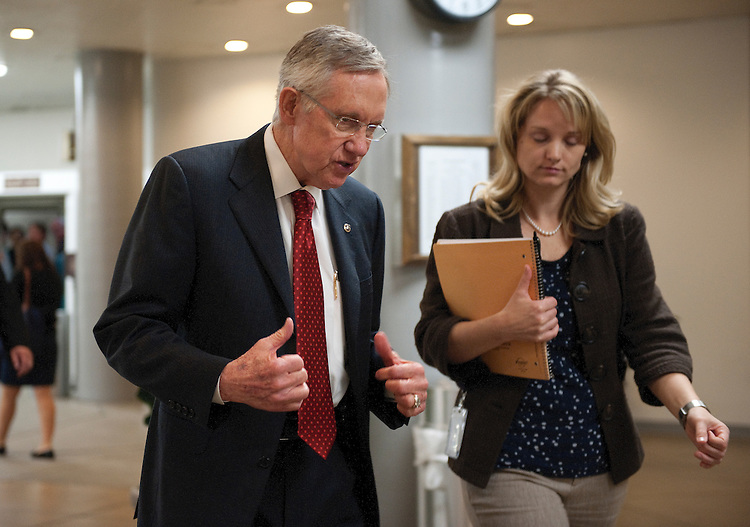 UNITED STATES - : Harry Reid, D- NV., makes his way back to the Capitol from the Senate Subway on June 15, 2011. (Photo By Douglas Graham/Roll Call via Getty Images)