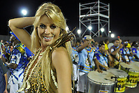 SÃO PAULO, SP, 05 DE FEVEREIRO DE 2012 - ENSAIO ACADÊMICOS DO TUCURUVI - Modelo Caroline Bittencourt durante ensaio técnico da Escola de Samba Acadêmicos do Tucuruvi na preparação para o Carnaval 2012. O ensaio foi realizado na noite deste domingo (05) no Sambódromo do Anhembi, zona norte da cidade. FOTO: LEVI BIANCO - NEWS FREE