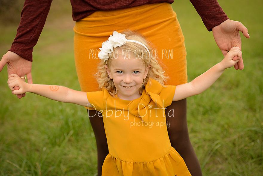 baby, newborn, child, children, family, maternity, pregnancy, photography, photographer Debby Ditta of Tomball Texas