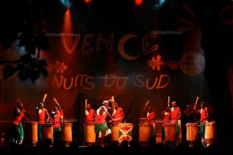 """Concert """"les tambours du Burundi"""" aux Nuits du sud de Vence 2008"""
