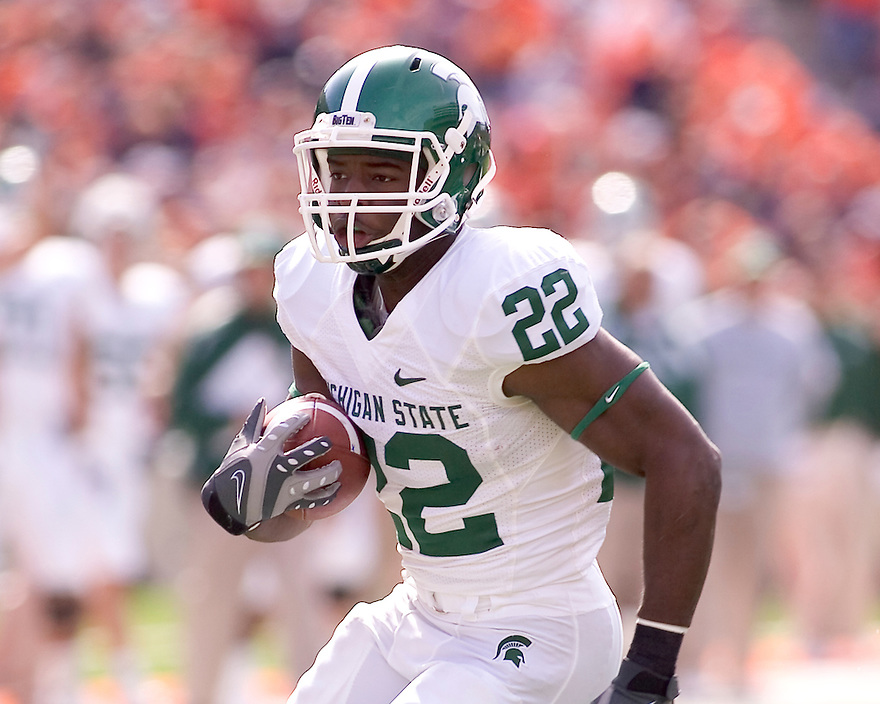 October 9, 2009 - Champaign, Illinois, USA - Michigan State running back Larry Caper (22) carries the ball in the game between the University of Illinois and Michigan State at Memorial Stadium in Champaign, Illinois.  Michigan State defeated Illinois 24 to 14.  .