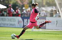 Nicole Barnhart kicks the ball.  Washington Freedom defeated FC Gold Pride 4-3 at Buck Shaw Stadium in Santa Clara, California on April 26, 2009.