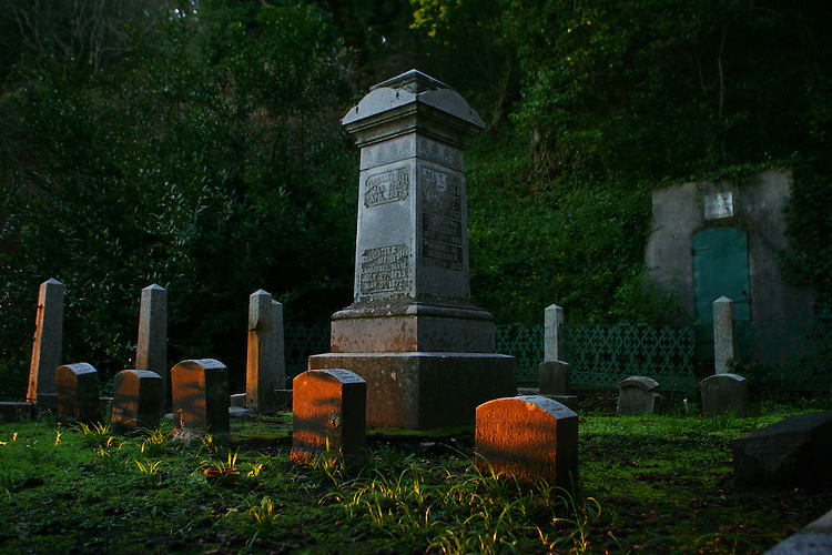 February 5, 2008; Santa Cruz, CA, USA; Sunrise at Evergreen Historical Cemetery in Santa Cruz, CA. Photo by: Phillip Carter