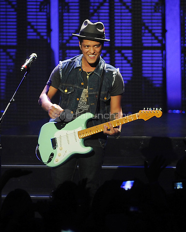 MIAMI BEACH, FL - MAY 11 : Bruno Mars performs on The Hooligans in Wonderland Tour at the Fillmore Miami Beach in Miami Beach, Florida. May 11, 2011 © MPI04 / Media Punch Inc.