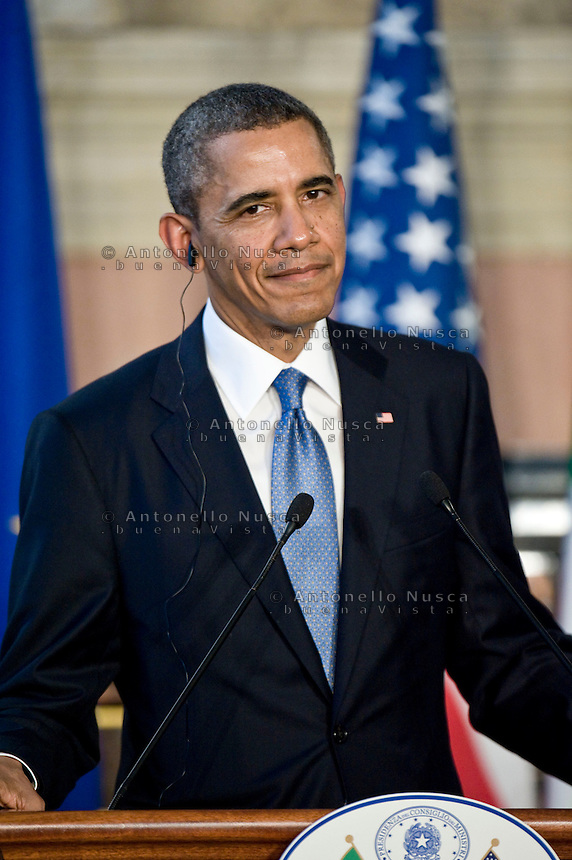 Roma, 27 Marzo, 2014. Il Presidente degli Stati Uniti d'America Barack Obama durante la conferenza stampa congiunta con Matteo Renzi a Villa Madama. U.S. President Barack Obama speaks during a joint press conference with Italian Premier Matteo Renzi at Villa Madama in Rome.