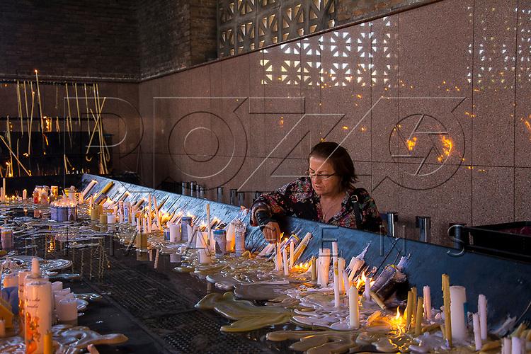Capela das Velas da Basílica de Nossa Senhora de Aparecida, Aparecida - SP, 10/2016. Uso de imagem autorizado.