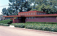 F.L. Wright: Kundert Medical Bldg., 1956. 1106 Pacific St., San Luis Obispo, CA.  Photo '85.