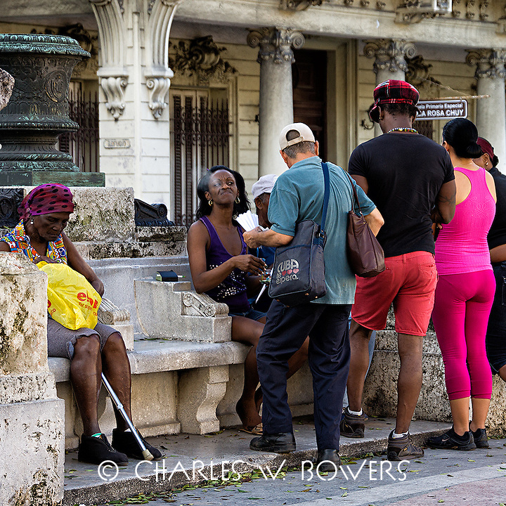 Faces Of Cuba -Mornings are for group therapy<br />