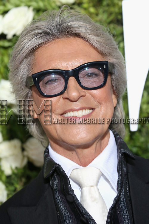 NEW YORK, NY - JUNE 11:  Tommy Tune attends the 71st Annual Tony Awards at Radio City Music Hall on June 11, 2017 in New York City.  (Photo by Walter McBride/WireImage)