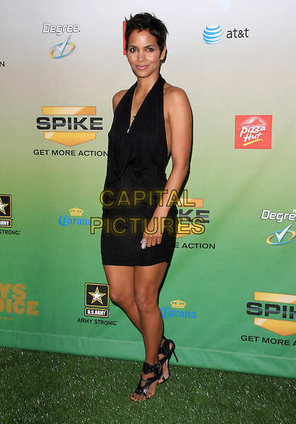 """HALLE BERRY .Spike TV's """"Guys Choice Awards"""" held at Sony Studios, Culver City, California, USA, 30th May 2009..Full length black halterneck dress shoes gladiator sandals heels draped .CAP/ADM/KB.©Kevan Brooks/Admedia/Capital Pictures"""