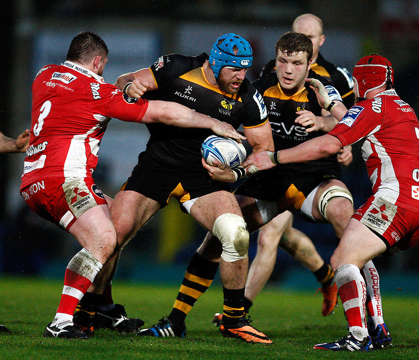Photo: Richard Lane/Richard Lane Photography. London Wasps v Gloucester. Amlin Challenge Cup Quarter Final. 06/04/2014. Wasps' James Haskell attacks.