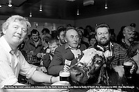 Jerome O'leary, owner, Joe Duffy of RTE and publican James O'Neill pictured  with Big Bertha the world's oldest cow (44 years) during a RTE Radio 1 Gay Bryne Live radio show in honour of the cow in 1994.<br /> Picture by Don MacMonagle