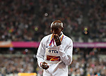 Mo Farah (GBR) kisses his gold medal following his win in the mens 10,000m. IAAF World athletics championships. London Olympic stadium. Queen Elizabeth Olympic park. Stratford. London. UK. 04/08/2017. ~ MANDATORY CREDIT Garry Bowden/SIPPA - NO UNAUTHORISED USE - +44 7837 394578