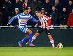 Nederland, Eindhoven, 18 januari 2013.Eredivisie.Seizoen 2012-2013.PSV-PEC Zwolle.Daryl Lachman (l.) van PEC Zwolle en Dries Mertens van PSV strijden om de bal.