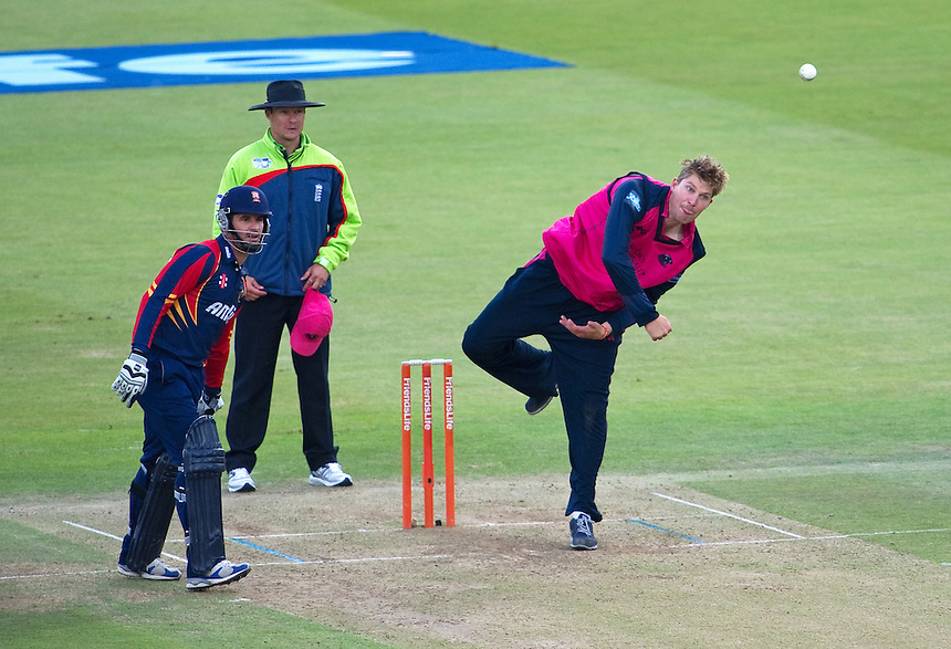 Middlesex Panthers' Ollie Rayner in action against Essex Eagles in te t20<br /> <br />  (Photo by Ashley Western/CameraSport) <br /> County Cricket - Friends Life t20 2013 - Middlesex v Essex - Thursday 04th July 2013 - Lord's, London <br /> <br />  &copy; CameraSport - 43 Linden Ave. Countesthorpe. Leicester. England. LE8 5PG - Tel: +44 (0) 116 277 4147 - admin@camerasport.com - www.camerasport.com