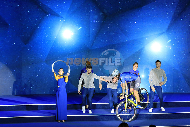 Biketrial World Champion Vittorio Brumotti entertains at the opening ceremony of the 2016 Dubai Tour held at the Westin Hotel Amphitheatre, Mina Seyahi, Dubai, United Arab Emirates. 2nd February 2016.<br />