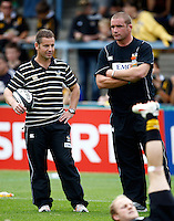 Photo: Richard Lane/Richard Lane Photography.London Wasps v Worcester Warriors. Guinness Premiership. 20/09/2009. Wasps' Director of Rugby, Tony Hanks and Phil Vickery.