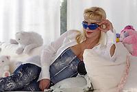 Ilona Staller nella sua casa di Roma. Conosciuta anche col nome d'arte di Cicciolina, la porno star ed ex parlamentare scende nuovamente in politica presentandosi alle comunali di Roma nelle liste del Partito Liberale Italiano (Pli)