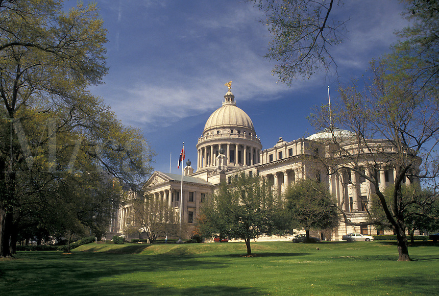 State Capitol, State House, Jackson, MS, Mississippi, The State Capitol Building in the capital city of Jackson.