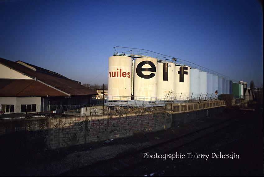 1989-1994; Issy Les Moulineaux;  Val de Seine; Les Huiles Renault