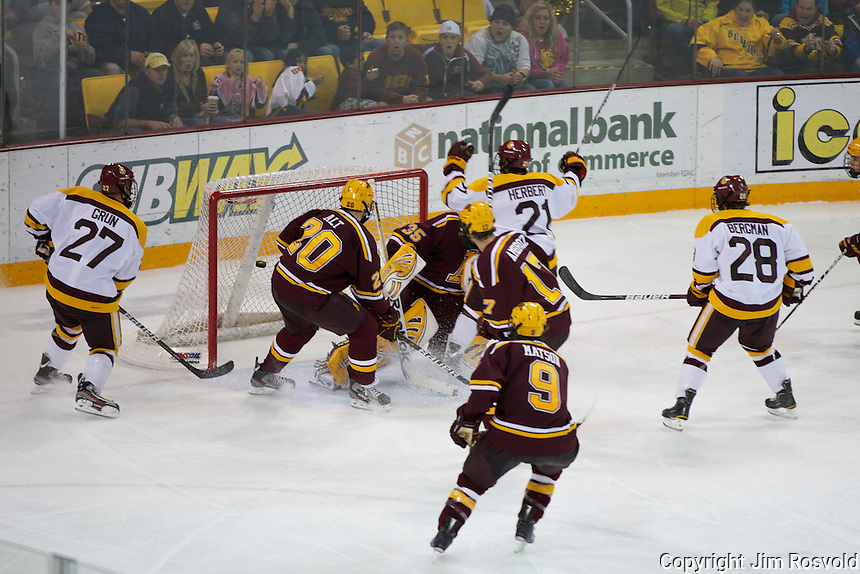 4 Oct 11: The University of Minnesota-Duluth Bulldogs host the University of Minnesota Golden Gophers in a WCHA matchup at Amsoil Arena in Duluth, MN.