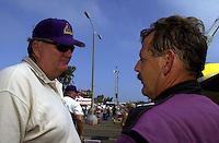 U-5 owner Kim Gregory talks with his driver, Geoge Stratton..Hydros-PROP Bayfair,San Diego,CA,USA 9.17.2000.©F.Peirce Williams 2000..
