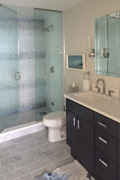 Mist, a natural stone hand-chopped tumbled mosaic shown in Ming Green, Kays Green, Celeste, Calacatta, Blue Macauba and Lettuce Ming<br />