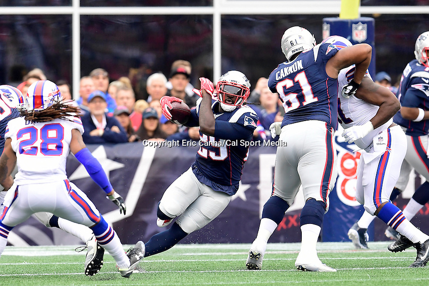 Sunday, October 2, 2016: New England Patriots running back LeGarrette Blount (29) runs the ball during the NFL game between the Buffalo Bills and the New England Patriots held at Gillette Stadium in Foxborough Massachusetts. Buffalo defeats New England 16-0. Eric Canha/Cal Sport Media
