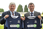 05/07/2010 - Paul Sturrock - Southend United Manager - Roots Hall - Southend