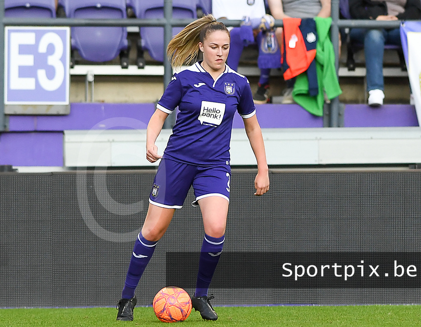 20190807 - ANDERLECHT, BELGIUM : Anderlecht's Michelle Colson pictured during the female soccer game between the Belgian RSCA Ladies – Royal Sporting Club Anderlecht Dames  and the Greek FC PAOK Thessaloniki ladies , the first game for both teams in the Uefa Womens Champions League Qualifying round in group 8 , Wednesday 7 th August 2019 at the Lotto Park Stadium in Anderlecht  , Belgium  .  PHOTO SPORTPIX.BE | DAVID CATRY