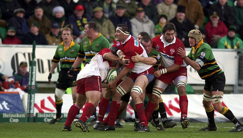 Photo. Richard Lane. .Northampton Saints v Biarritz. Heineken Cup. 11/01/2003..Olivier Roumat carries the ball up field.