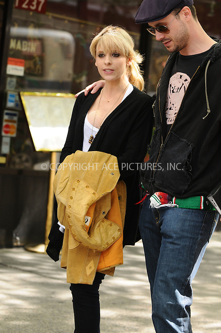 WWW.ACEPIXS.COM . . . . .  ....May 12 2009, New York City....Actress Sarah Michelle Gellar and actor Freddie Prinz Jr. were on the Upper West Side set of the new HBO pilot series 'The Wonderful Miladys' on May 12 2009 in New York City. Gellar, 31, has been married to actor FreddiePrinze Jr, 33, for six years. The couple are expecting their first baby in the Autumn.....Please byline: AJ Sokalner - ACEPIXS.COM..... *** ***..Ace Pictures, Inc:  ..tel: (212) 243 8787..e-mail: info@acepixs.com..web: http://www.acepixs.com