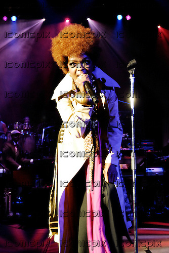 Lauryn Hill performing live in concert at the Apollo Hammersmith, London UK -  08 Jul 2007.  Photo credit: George Chin/IconicPix